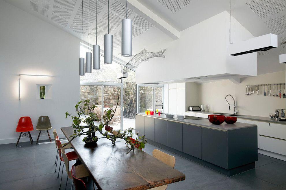 Ikea Cuisine Plan De Travail Dans Contemporain Cuisine Avec Chaise - Plan De Travail Cuisine Rouge