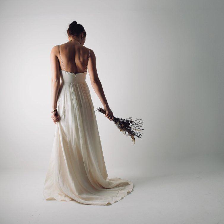 Abiti Da Sposa Moderni.Abito Da Sposa Moderno In Lino Echinacea Wedding Dresses