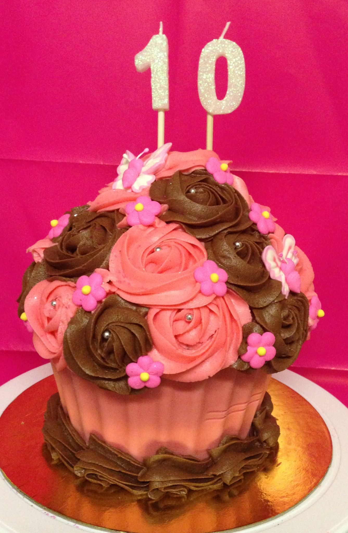 Pretty Giant Cupcake For A Special Little 10 Year Old Girl Girl Cakes Cupcake Birthday Cake Birthday Cake Kids