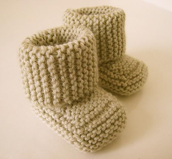 #FreeKnittingPattern - Oh Baby! Baby Booties by Indie ...