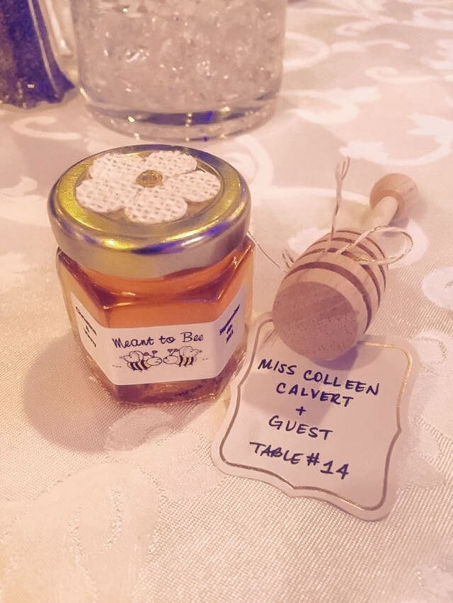 Another Sweet Em Wedding Favors Honey Wedding Favor Topped With A
