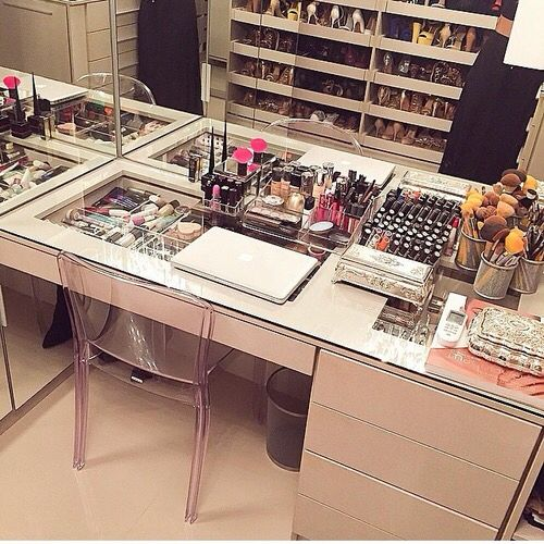 Dressing Table And Makeup Storage On Pinterest Makeup Vanities Makeup Rooms And Vanity Tables