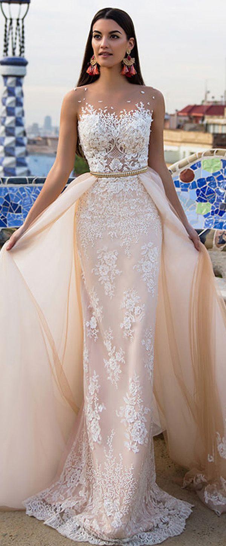Stunning tulle u satin bateau neckline in wedding dresses with