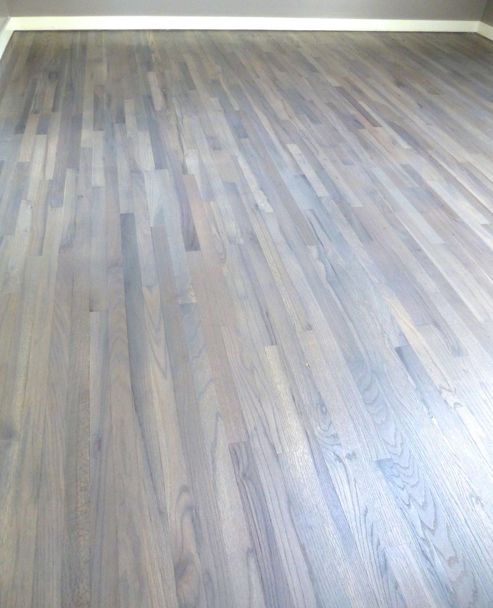 Red oak stained grey hard wax ideas for the house for Oak hardwood flooring