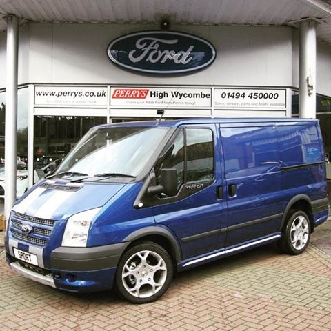 Pin By Lubomir On Transit Auta Ford Transit Ford Van Life