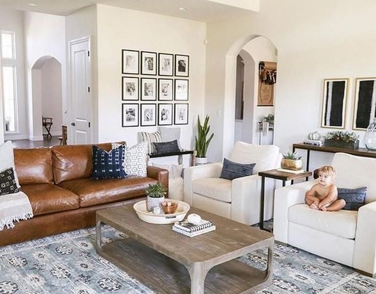 45 Creative Living Room Wall Gallery Design Ideas Black Furniture Living Room Leather Sofa Decor Elegant Living Room