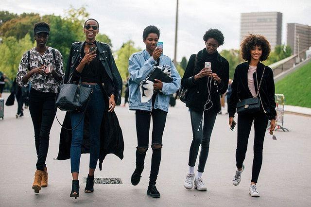 paris-fashion-week-spring-2017-street-style-pfw-ss17-33