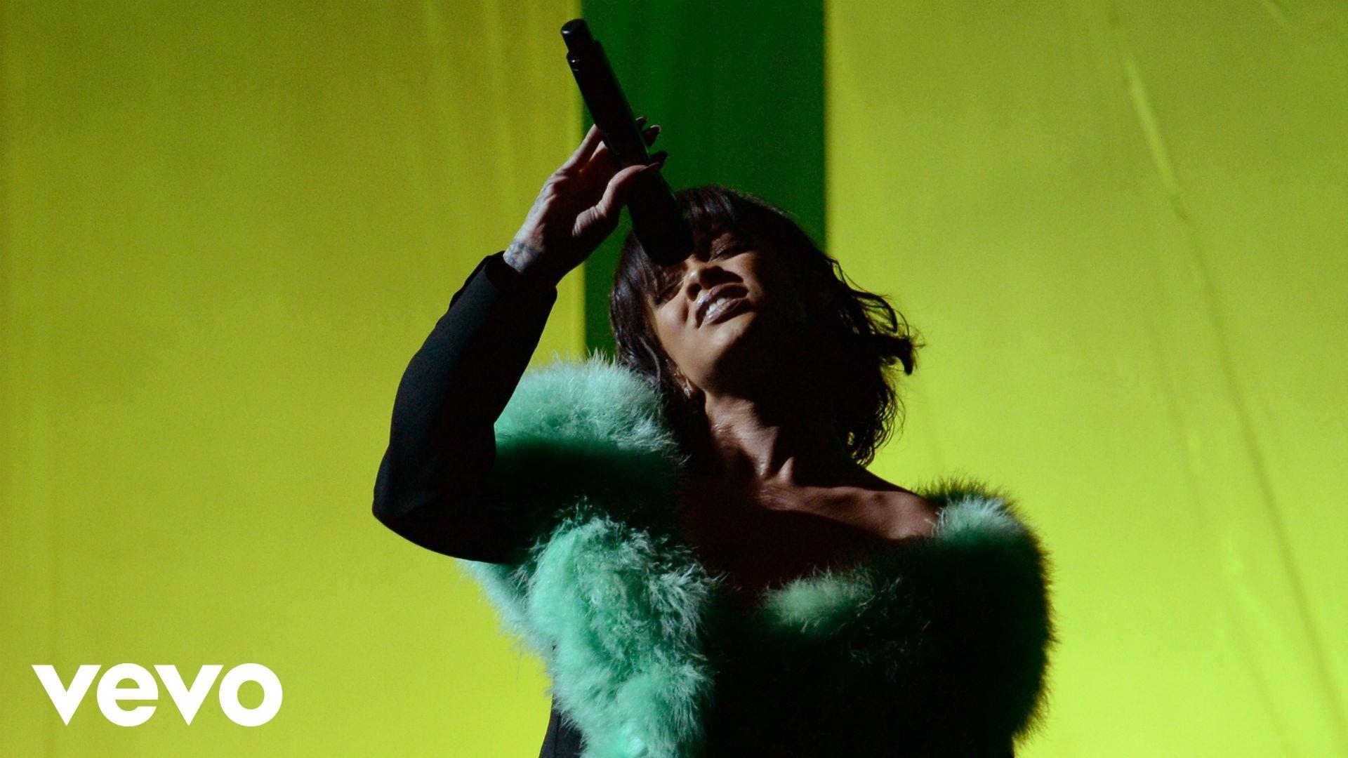 Rihanna Love On The Brain Live From The 2016 Billboard Music Awards Billboard Music Awards Billboard Music Rihanna Love