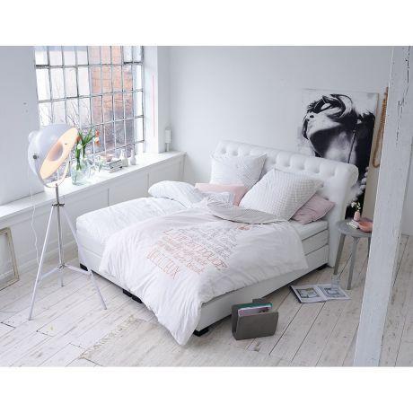 Klassisch Elegantes Bett Im Chesterfield Look Zimmer Zimmer Ideen Rauminspiration