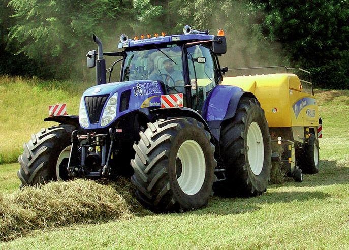 New Holland T7070 New Holland Agriculture New Holland Tractor