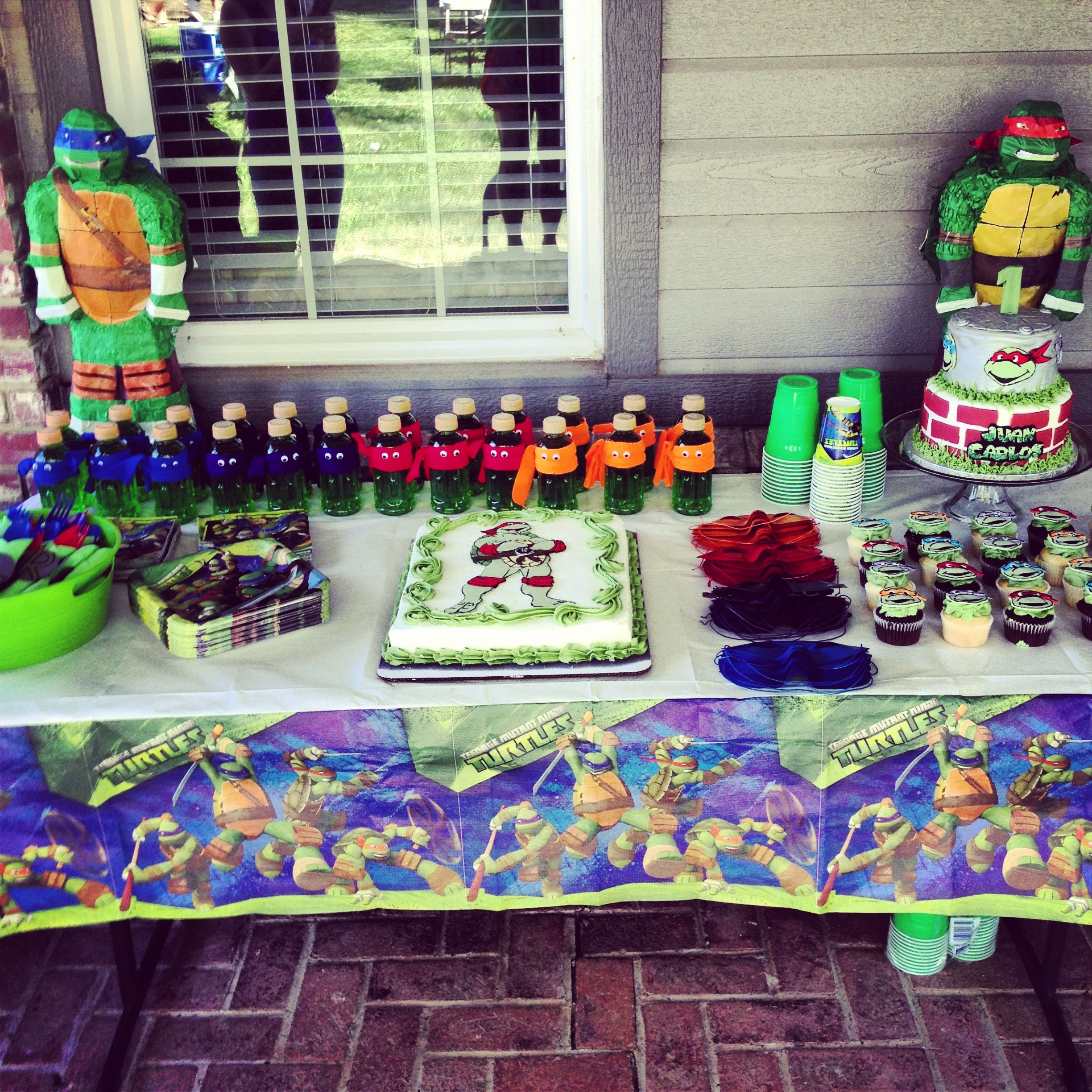 Ninja turtle party party ideas pinterest ninja for Tmnt decorations