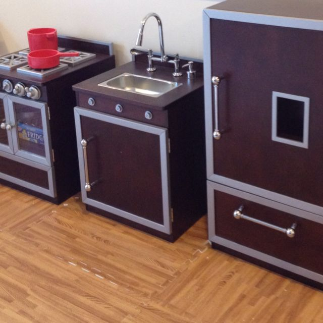 Lovely Pottery Barn Kids Kitchen Set With Wood Colored Foam Interlocking Mats.