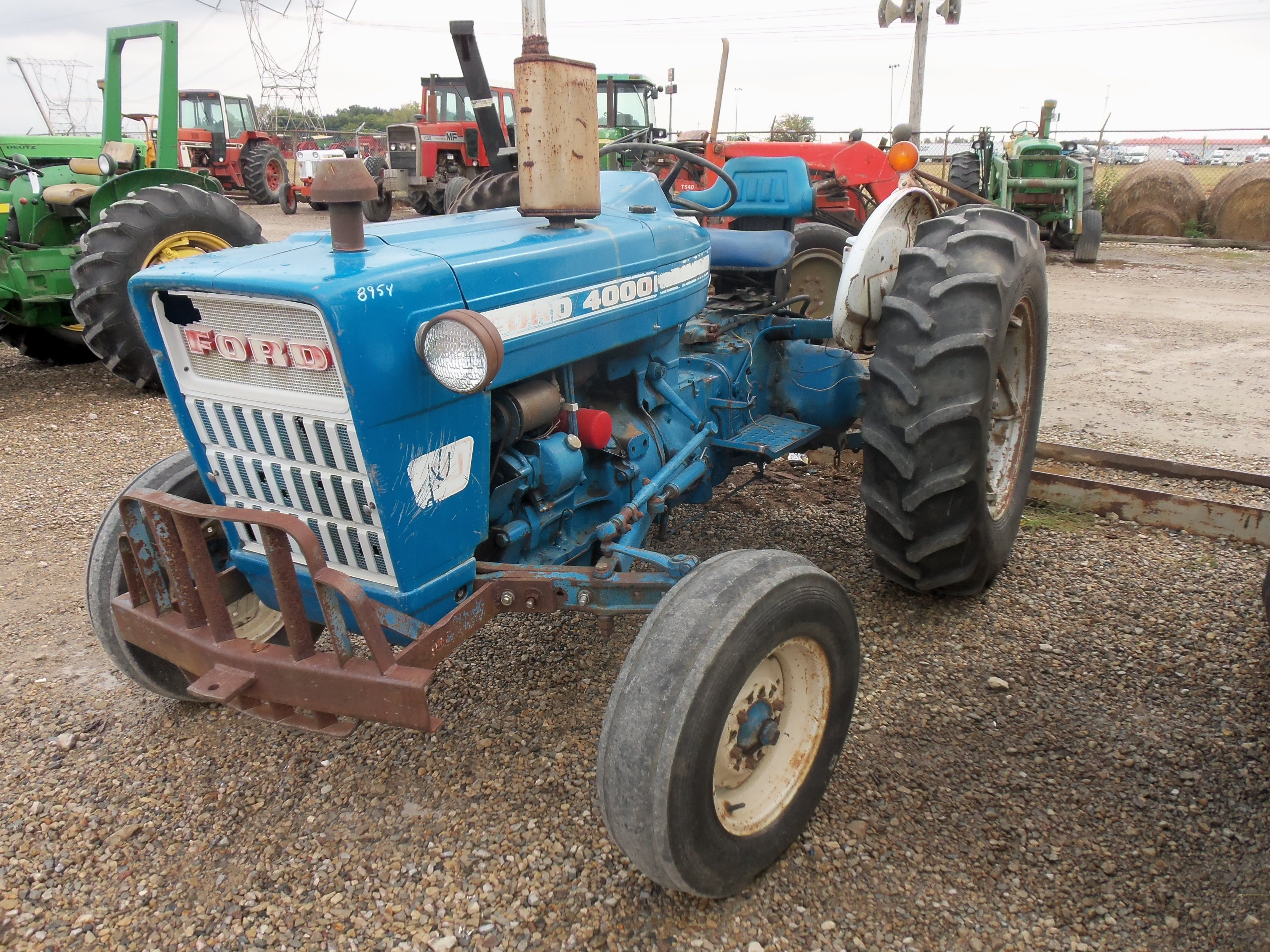 52hp ford 4000 su special utility tractor ford tractors