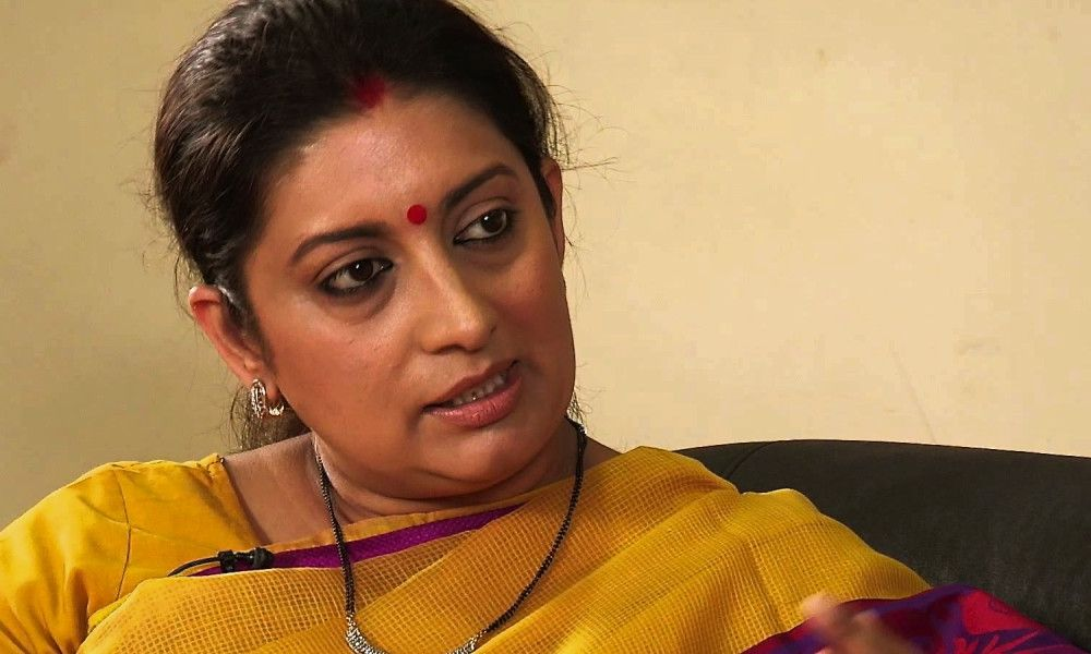 @smritiirani is in trouble once again