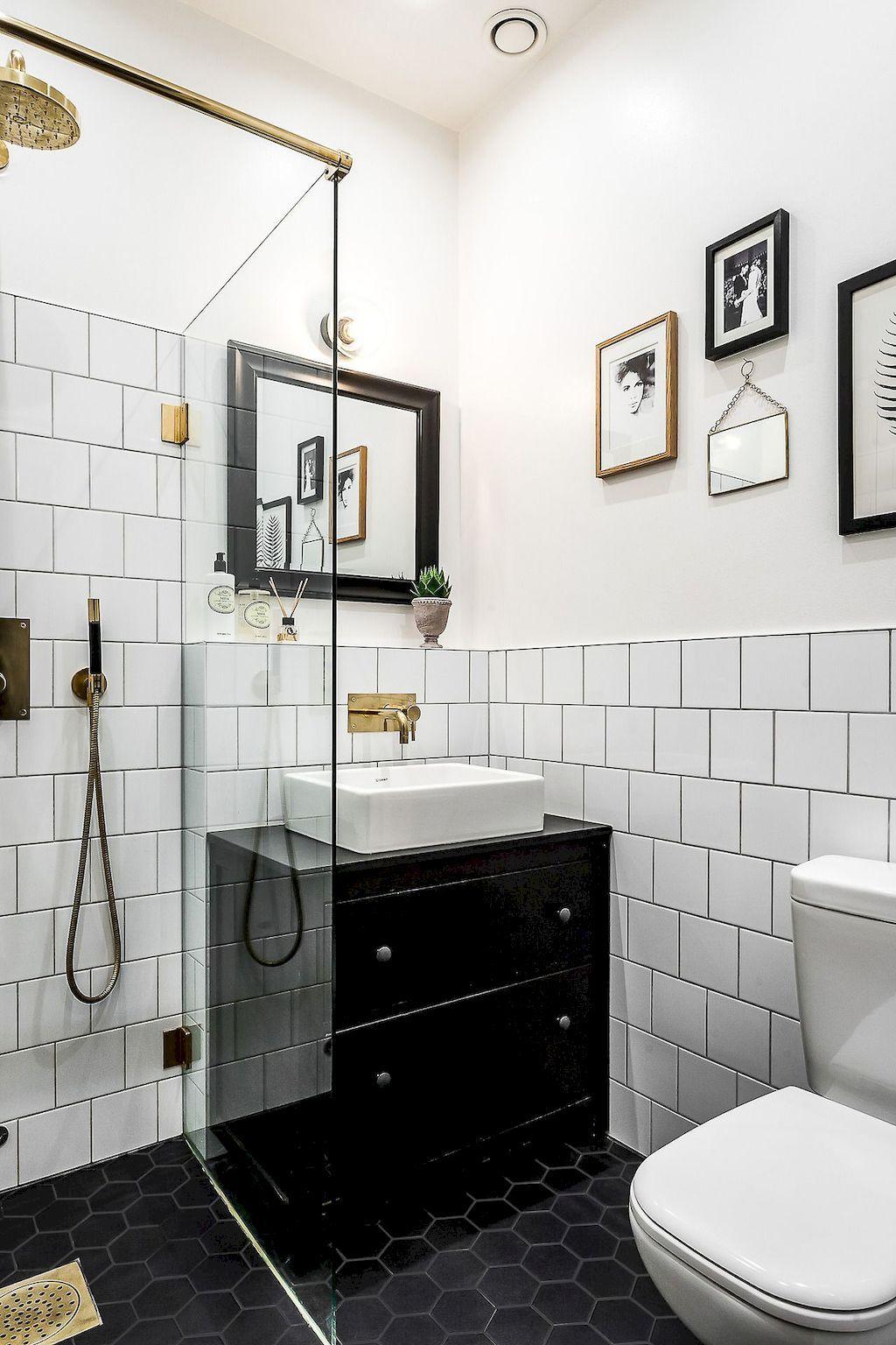 100 Awesome Scandinavian Bathroom Ideas https://carrebianhome.com ...