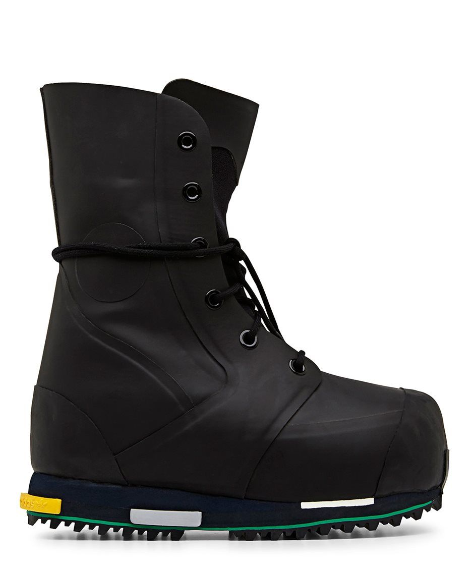 ohyescoolgreat | Sneaker boots, Boots, Star boots
