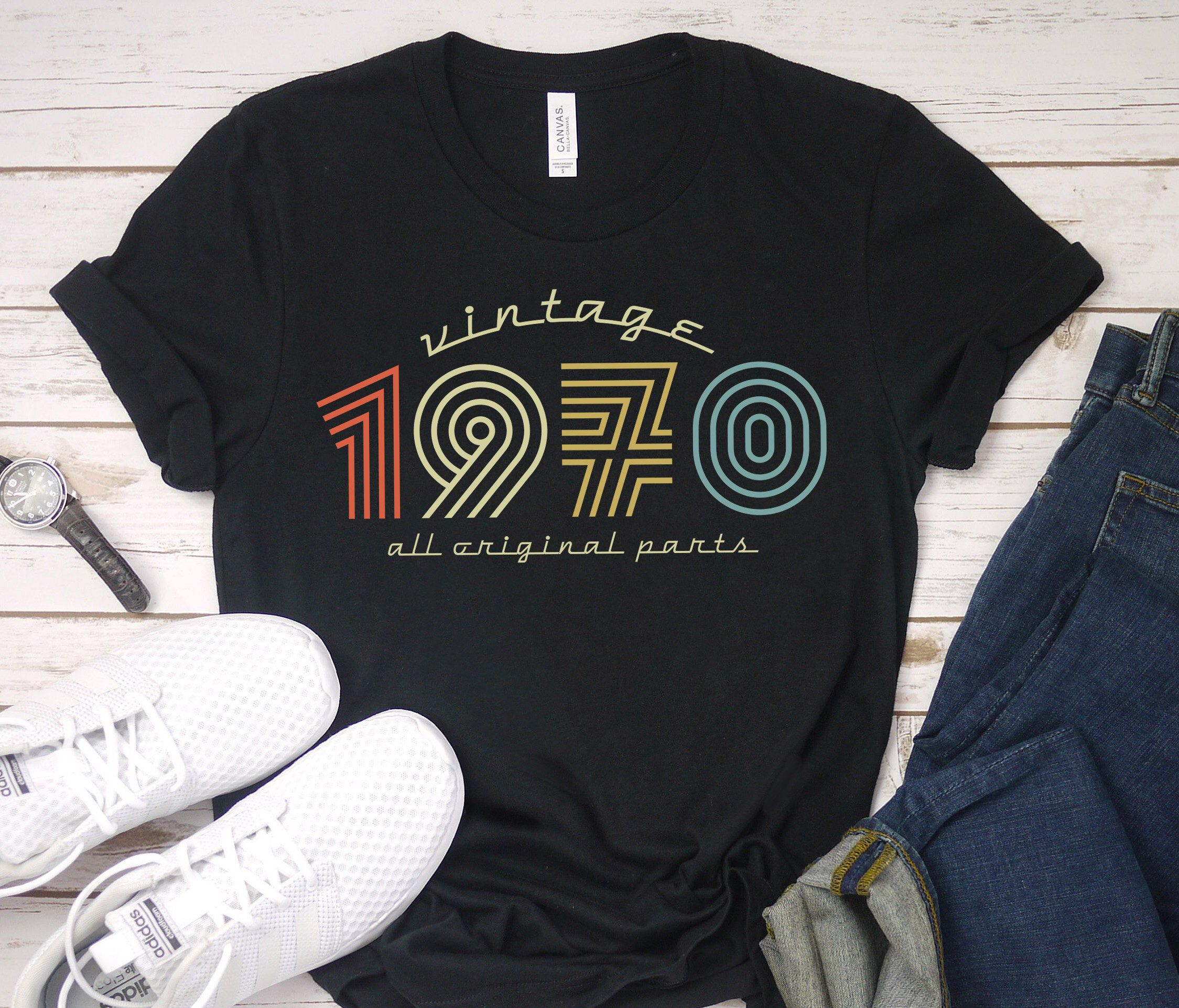 50th Birthday Gift Idea for Women and Men - Vintage 50 Birthday Gift for Her or Him - Born In 1970 Shirt - 50 Anniversary Tshirt for Parents