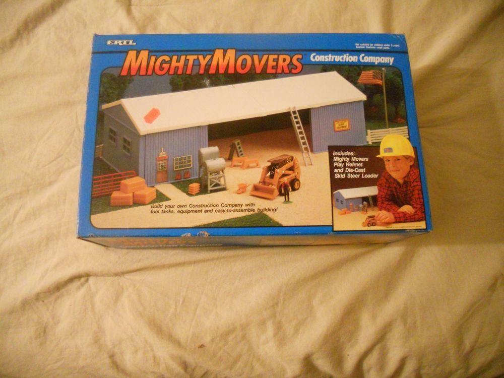 Ertl Farm Country Toy Mighty Movers Construction Shed Set