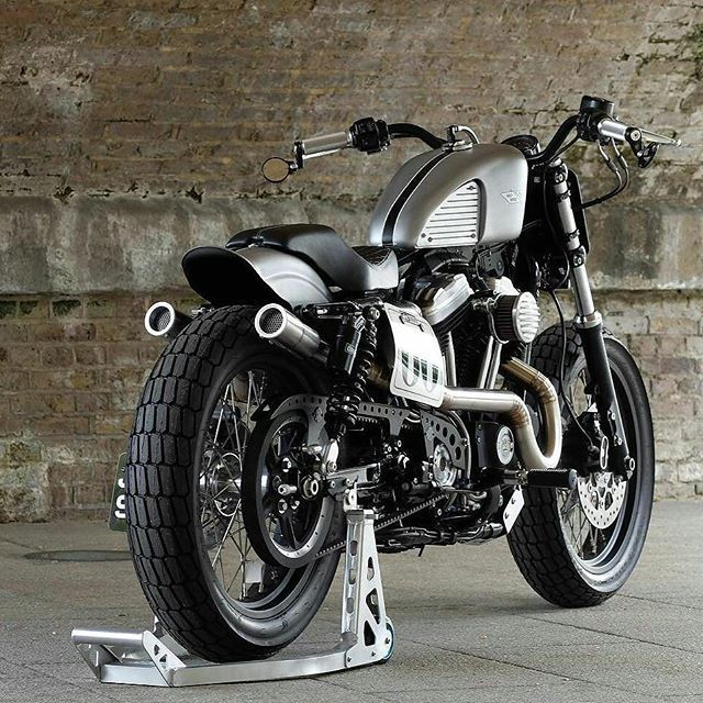 Infinitas possibilidades!!! 883R @bubble_visor #harleydavidson #bhharleydavidson #HarleyDavidson #HarleyDavidsonBR #883