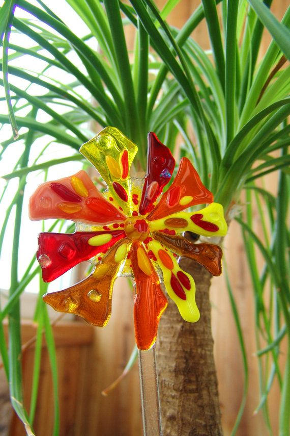 Garden Stake Flowers Fused Glass Garden By Magicofartglass On Etsy Stained Amp Fused Glass