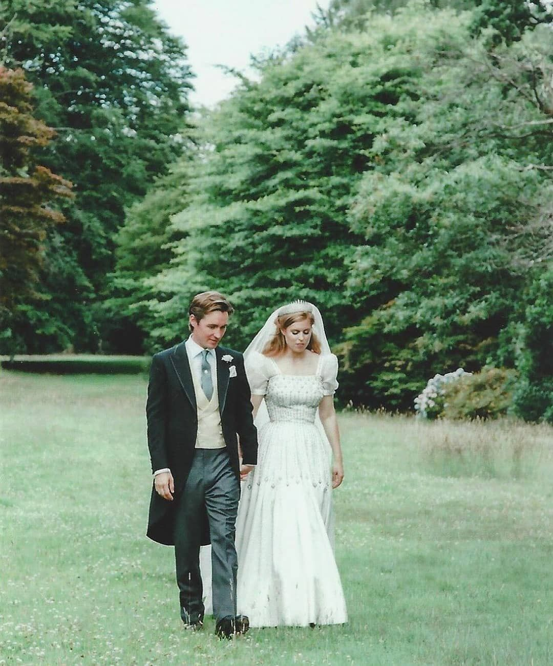 Princess Beatrice Recycled Her Bridal Shoes From Two Previous Weddings She Attended Princess Beatrice Wedding Royal Wedding Dress Royal Wedding Gowns [ 2000 x 1333 Pixel ]