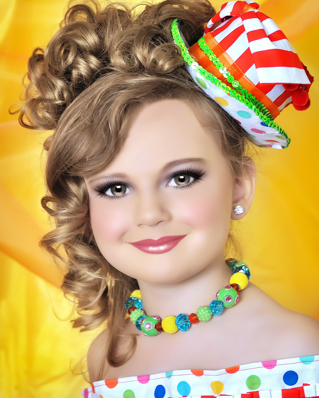 glitz pageant photography by bonnie nikolai retouched by mandy