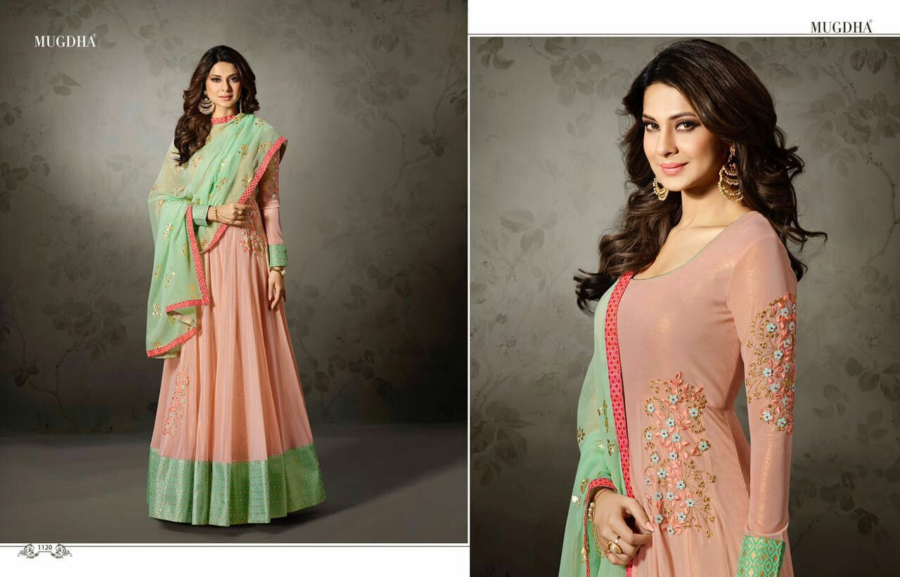 Pin by fashion that you love on indian gownkurtislongsuits
