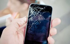 How To Fix A Cracked Iphone Screen Without Ever Leaving Your House Cracked Iphone Screen Cracked Iphone Iphone Screen