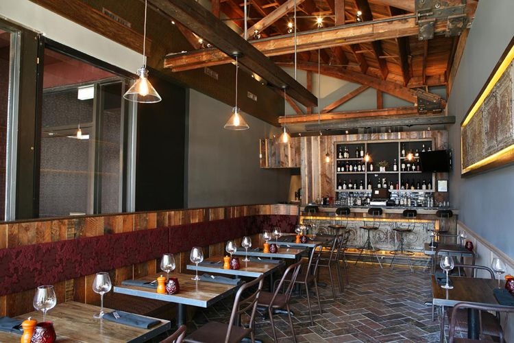 rustic restaurant designs at leslie saul associates we are rh pinterest com rustic industrial restaurant design rustic chic restaurant design