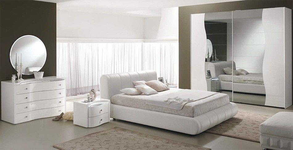 spar | camera sogno in stile contemporaneo con decori argento e ... - Spar Camera Da Letto