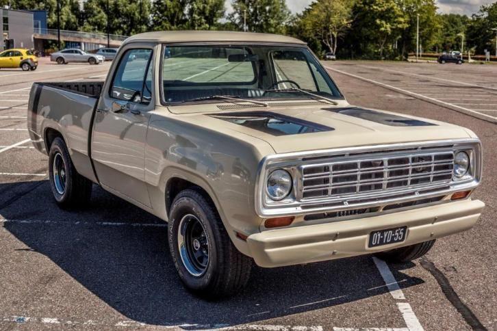 Dodge D100 1974 318 5 2l Blijvend Belastingvrij Dodge Marktplaats Nl Dodge Pickup Old Dodge Trucks Dodge Trucks