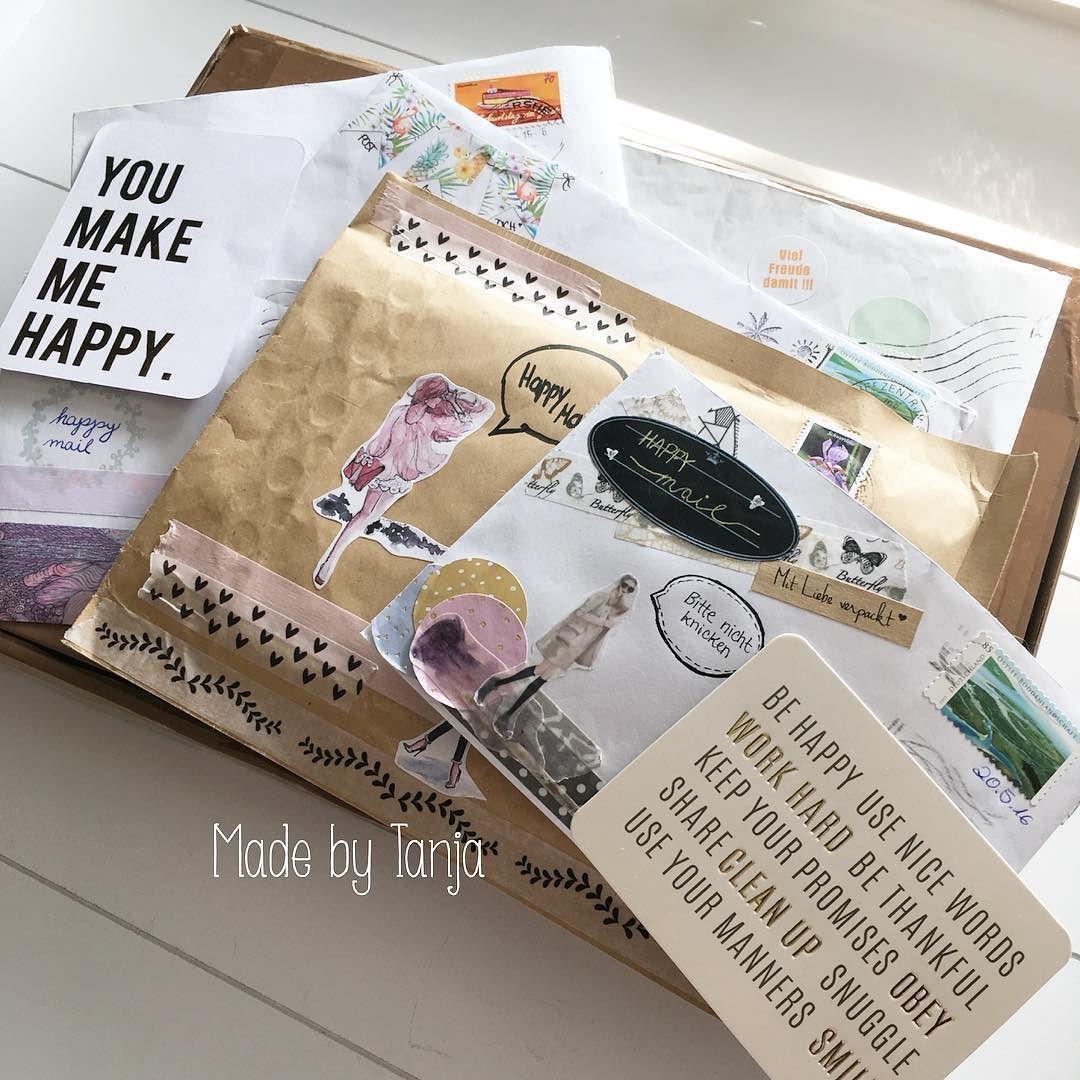 .... Auf geht's .... Nun habe ich endlich Zeit gefunden um alles in Ruhe noch einmal zu bestaunen. Ich liebe es Tauschbriefe zu bekommen und schreibe auch gleich aus Höflichkeit das es angekommen ist. Aber das eigentliche freuen kommt erst später. Denn ich möchte es genießen und bestaunen was da alles immer so versteckt ist in den Brieflein. Es muss nicht immer ein Riesen Paket sein ein kleiner Umschlag mit einem lieben Gruß reicht meist schon völlig aus. Vielen lieben Dank meine lieben für…