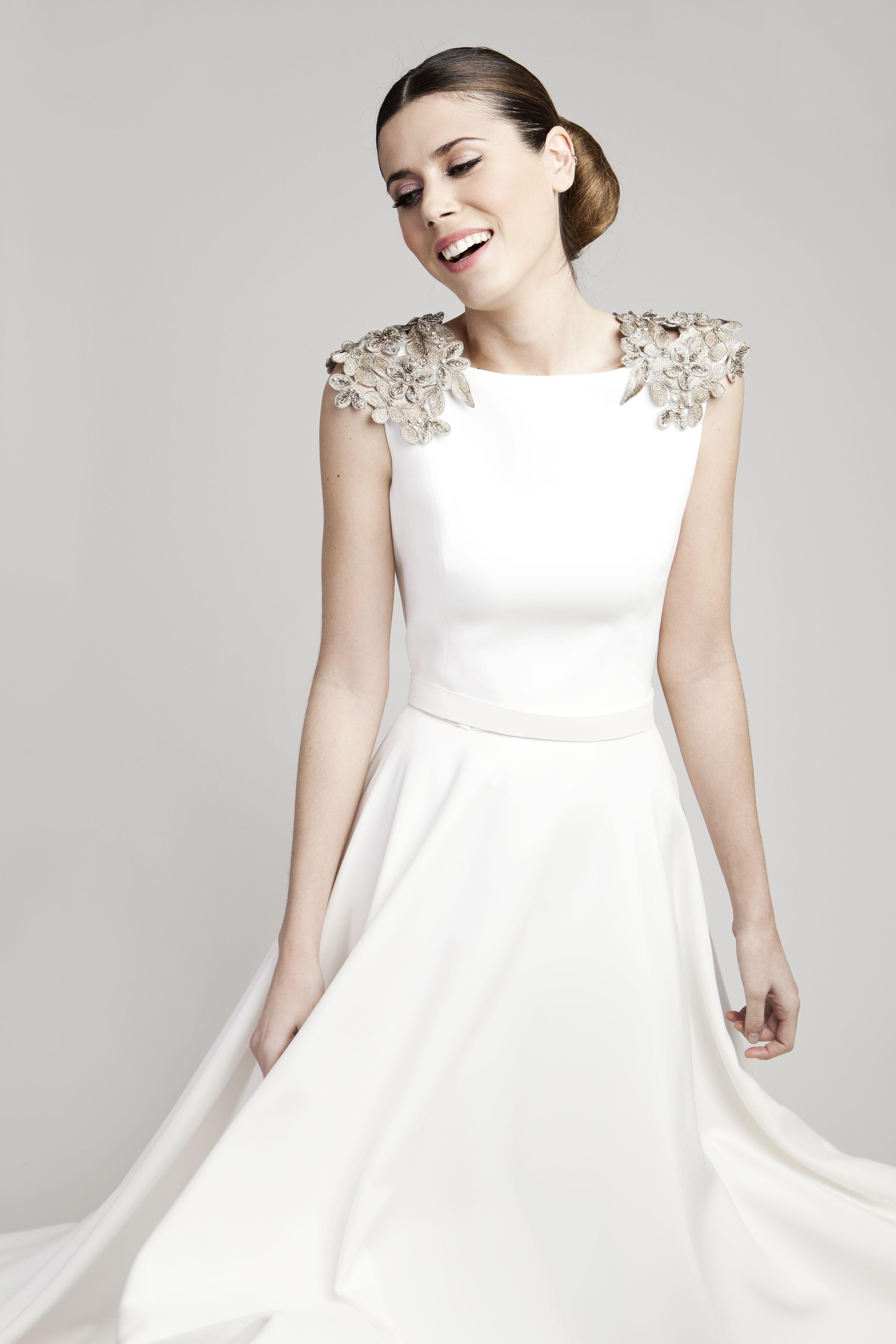 Hombreras-plata | bride | Pinterest | Hochzeitskleider