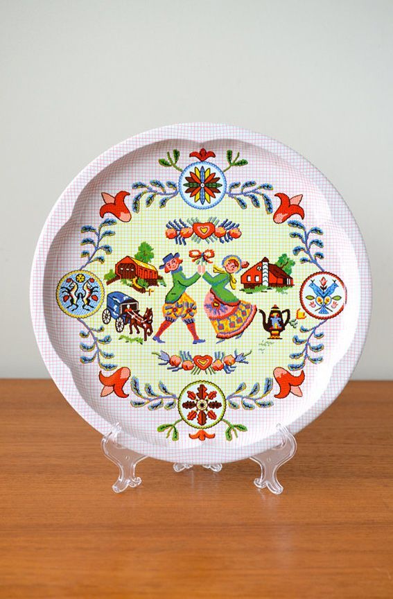 Pennsylvania Dutch Folk Amish Tin Cookie Tray Plate Pennsylvania