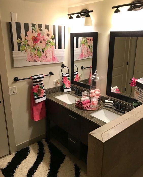Small Bath Ideas Home Decor On Budget Small Master Bathroom Budget Makeover Bathroom Bathroom Decor Apartment Bathroom Makeovers On A Budget Restroom Decor