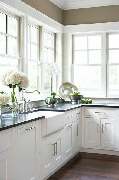 12 best antique white kitchen cabinets in trending design ideas for rh pinterest com