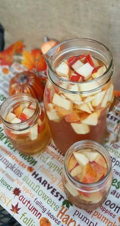 Autumn Hard Apple Cider Sangria #spikedapplecider Crisp fall flavors compliment each other in this Autumn Hard Apple Cider… #spikedapplecider