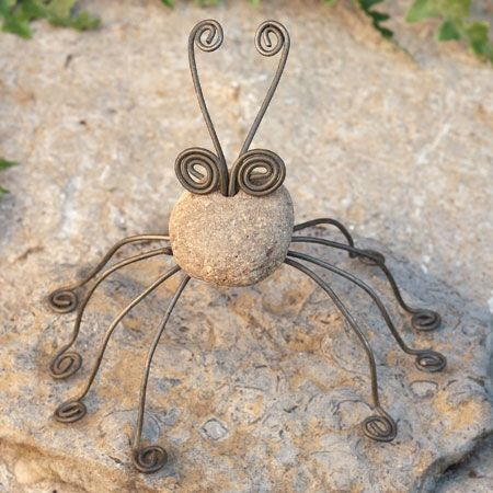 High Quality River Stone And Wire Garden Spider By Ancient Graffiti