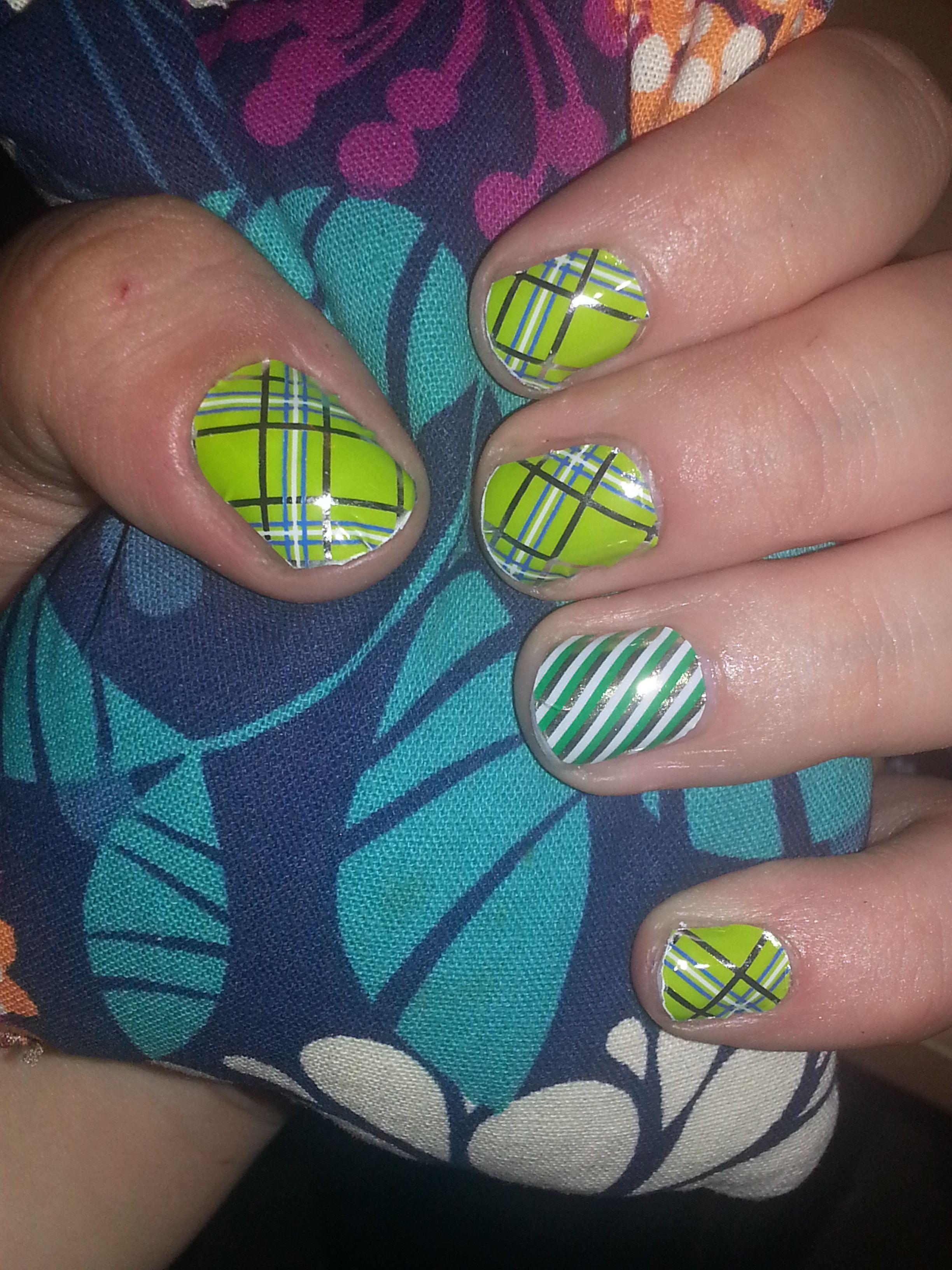 Application #20 Green Plaid and Irish Stripe Jamberry nails   My ...