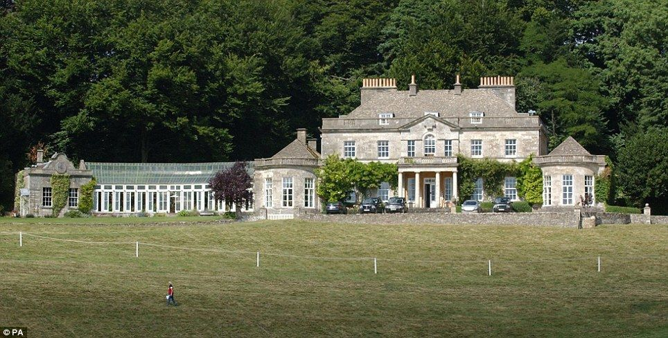 Estate Beside Princess Anne S Gatcombe Park Country Home Up For Sale