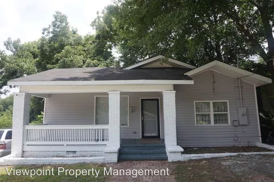 1019 Mayson Turner Rd Nw Atlanta Ga 30314 4 Bedroom House For Rent For 1 500 Month Zumper Renting A House Apartments For Rent Beautiful Homes