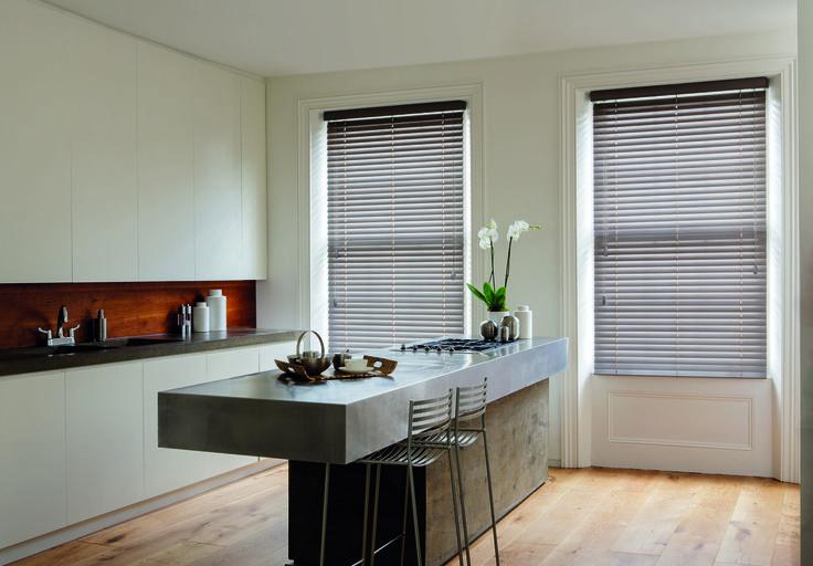 wohnidee jalousie die k che pinterest k che jalousien und wohnideen. Black Bedroom Furniture Sets. Home Design Ideas