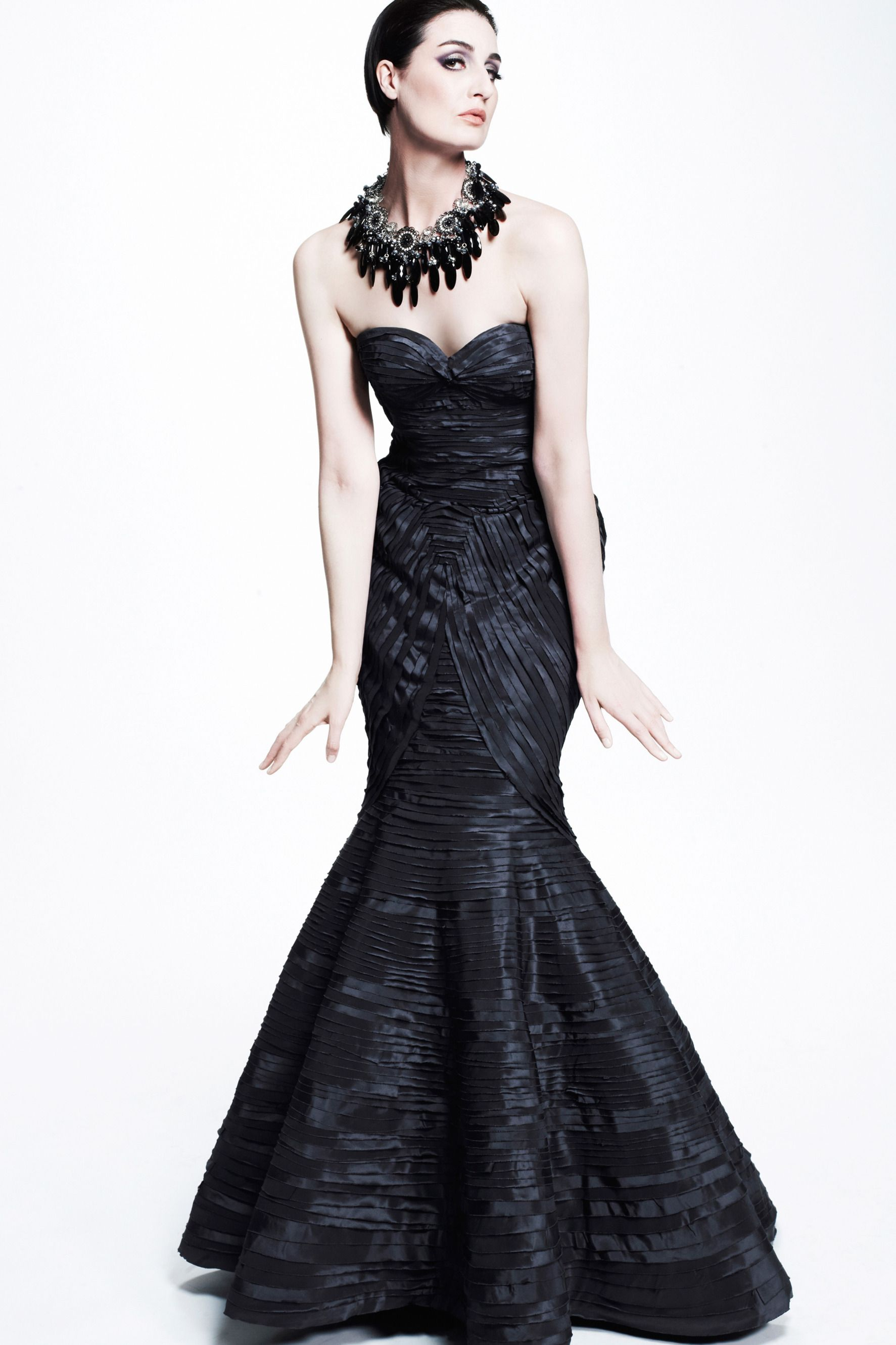 Zac Posen: Resort 2013 RTW [It looks like she is trying to sit/squat/fall...it just doesn't look good!]