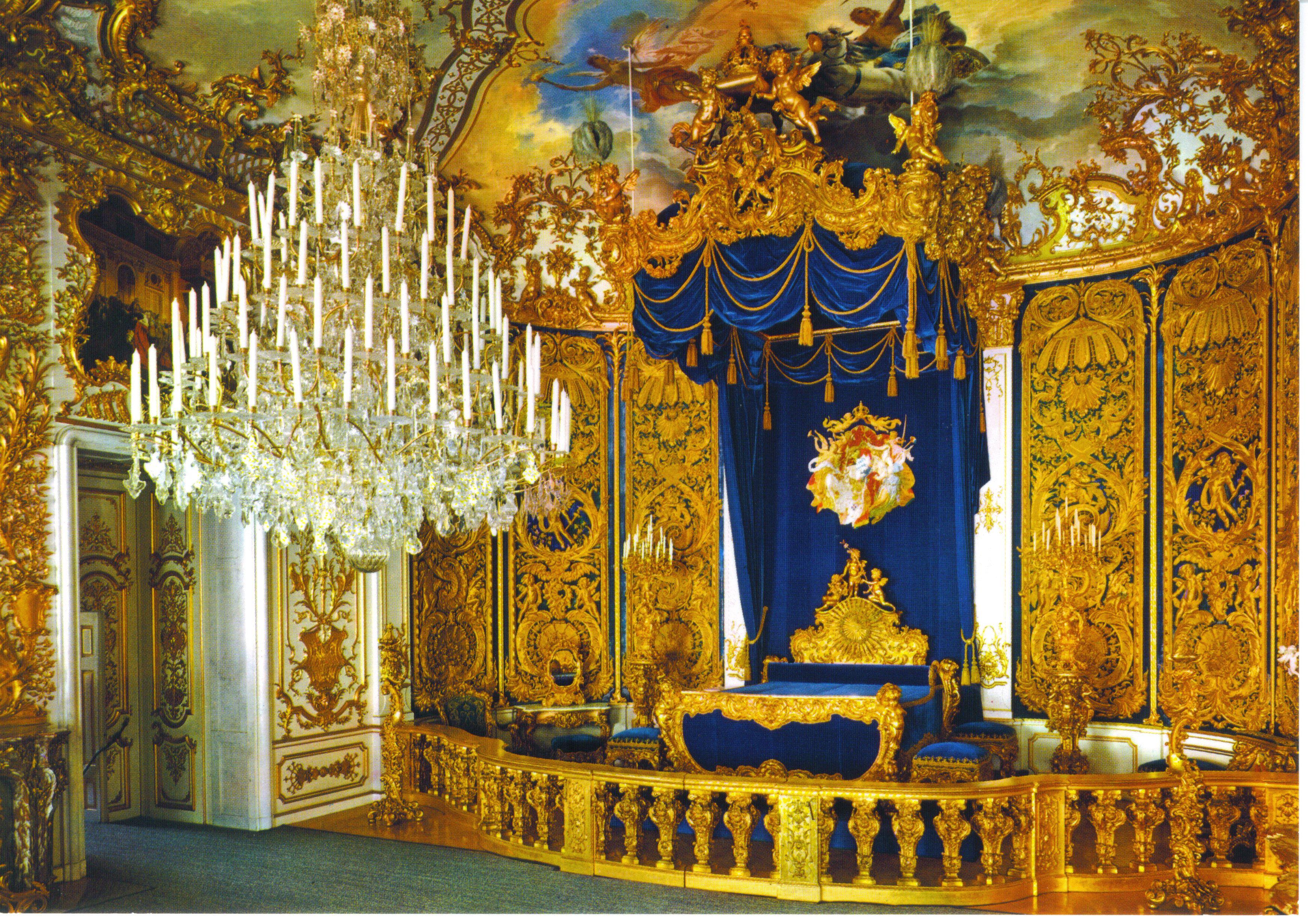 King Ludwigs Royal Castle Linderhof Bedroom Castles Interior Royal Castles Germany Castles
