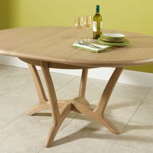 Light Oak Round Kitchen Table