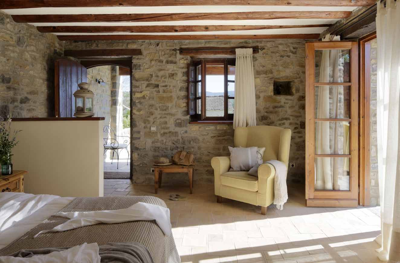 Hotel casa de san mart n hoteles con encanto en huesca for Decoracion de casas rurales con encanto