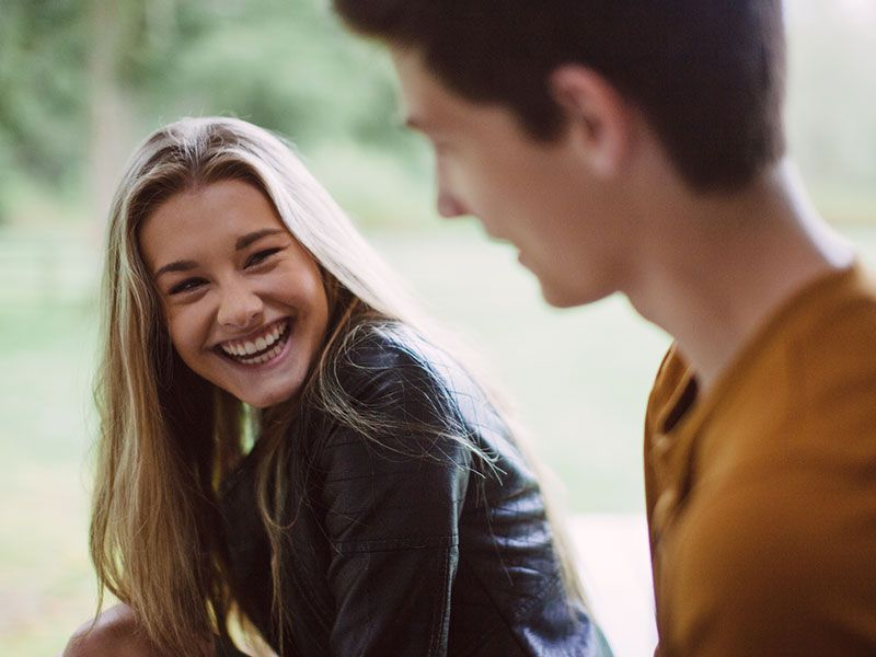 4 ways overcome dating shyness