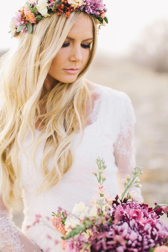 Peinados con flores naturales para novia  fd95168aee87