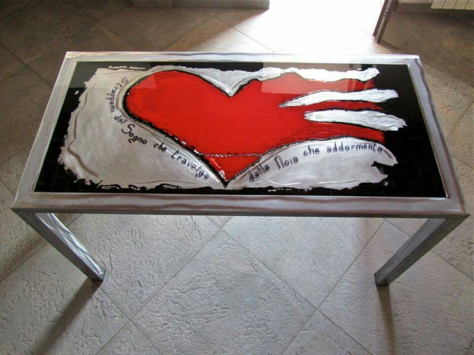 Table - Steel and epoxy resin