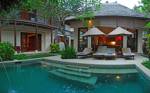 http://www.xobalivillas.com/index.php/villas/villa_search_content/jimbaran-beach-villa